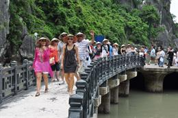 Entertainment service is to be Hanoi tourism focus